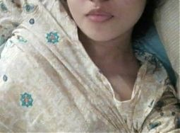 Desi College girl salfi pic