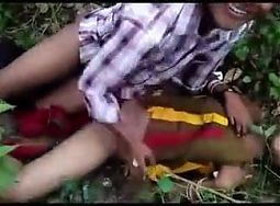 Desi girl fucked in the jungle